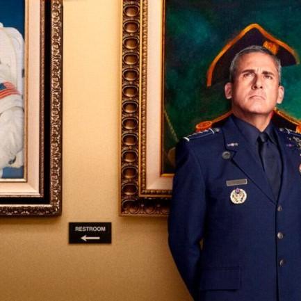 Бессмысленный президент и волшебный генерал: стоит ли смотреть сериал Space Force от Netflix